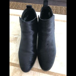 Just Fab black brushed suede bootie size 10
